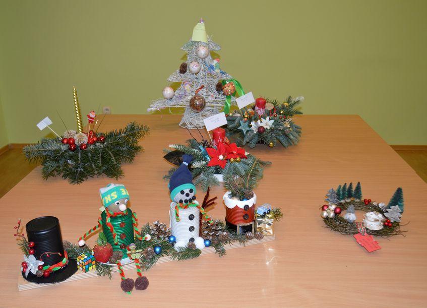 Świebodzice: Świąteczne stroiki
