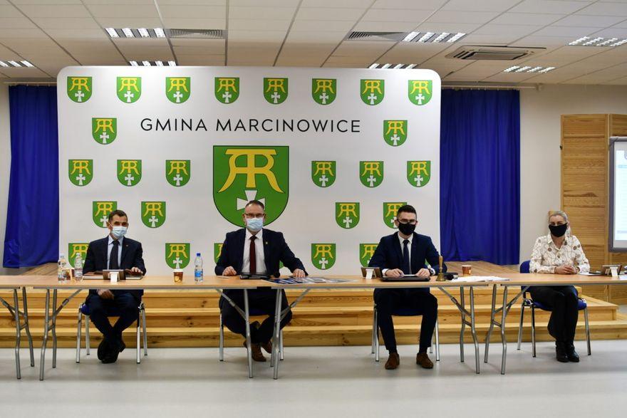Gmina Marcinowice: Marcinowice z budżetem