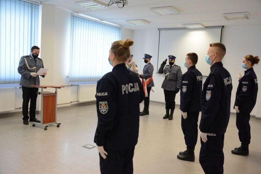 Świdnica/powiat świdnicki: Ślubowanie policjantów