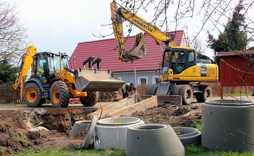 Jugowa: Budują kanalizację