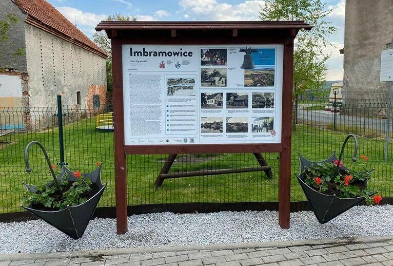 Imbramowice: Przyozdobione Imbramowice