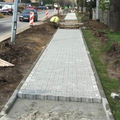 powiat świdnicki: Chodniki będą naprawiane