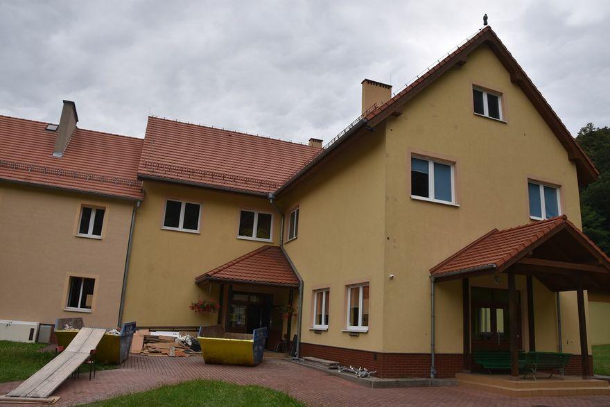 Bystrzyca Górna: Szkoła w przebudowie