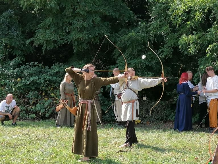 Nowice: Obóz średniowieczny