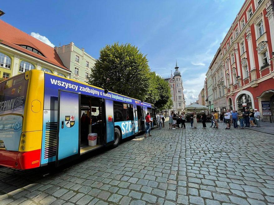 Świdnica: Autobus czeka