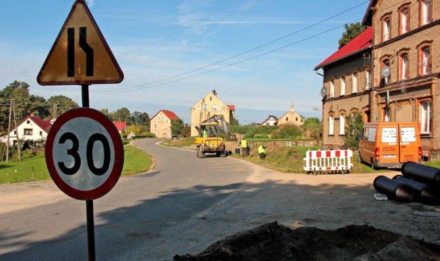 Dzierzków: Wybudują chodnik