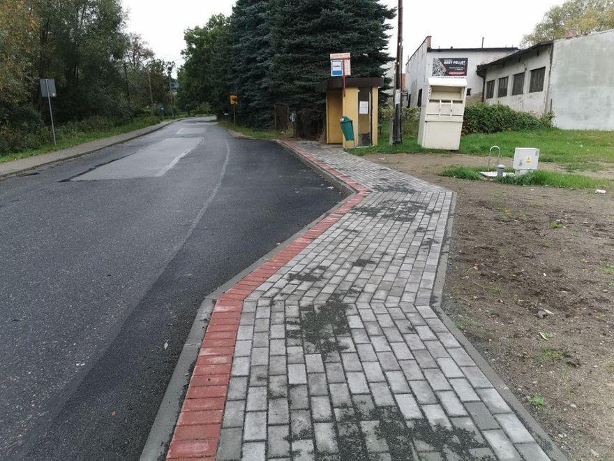 powiat świdnicki: Chodniki są potrzebne